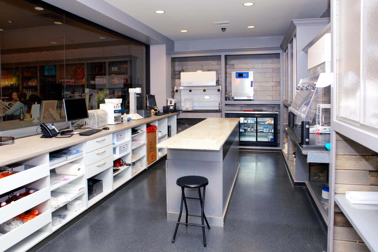 Clinique et Laboratoire
