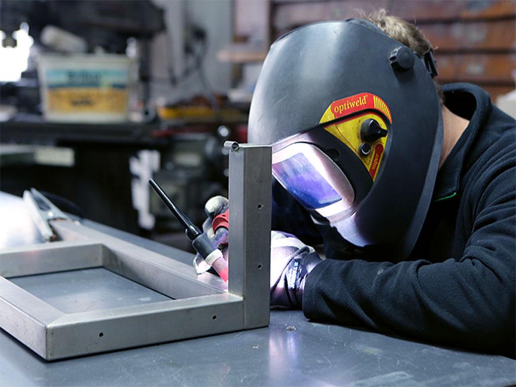 Für Schreiner, Metall- und Kunststoffverarbeiter