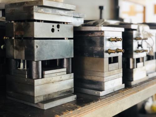 Werkzeugbau und Metall-verarbeitung